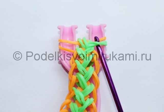 "Плетение браслета из резинок ""Колосок"" на рогатке.  Фото 18."