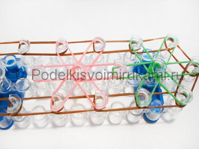 "Плетение браслета ""Звёздочка"" из резинок на станке. Фото 5."