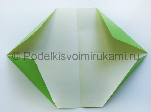 Поделка бумажного кошелька своими руками. Фото 7.