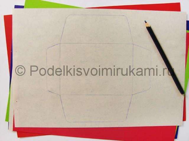 Как сделать конверт из бумаги. Фото 2.