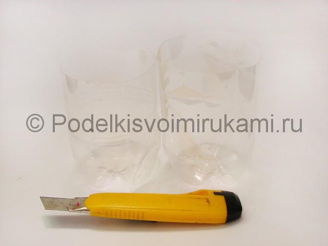 Как сделать лягушку из пластиковых бутылок. Фото 2.