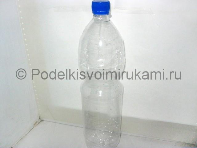 Как сделать попугая из пластиковых бутылок. Фото 2.