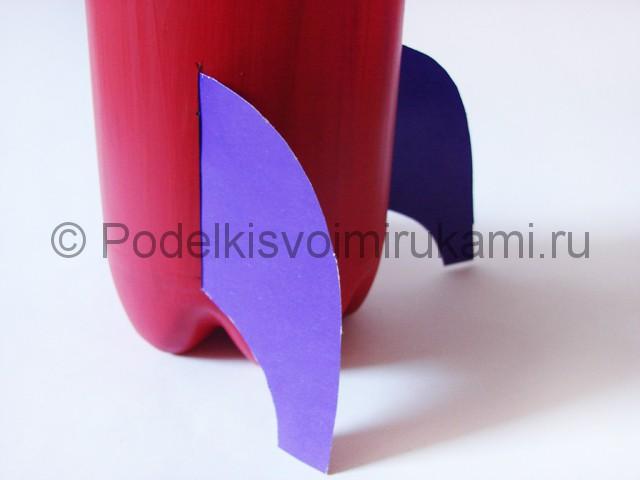 Как сделать ракету из пластиковой бутылки. Фото 11.