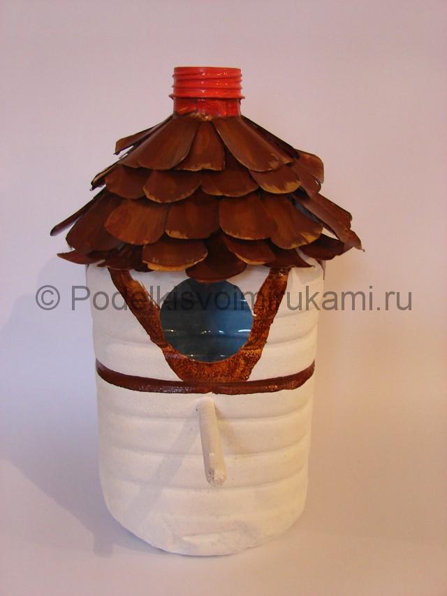 Как сделать скворечник из пластиковой бутылки. Фото 10.