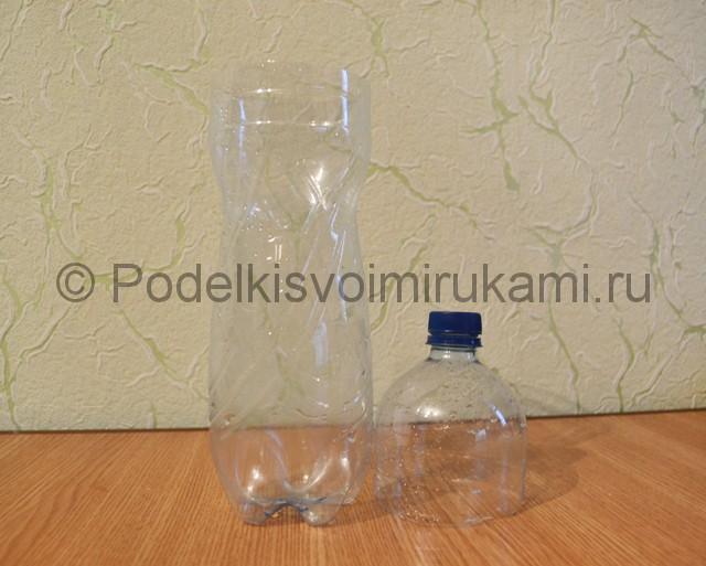 Как сделать вазу из пластиковой бутылки. Фото 3.