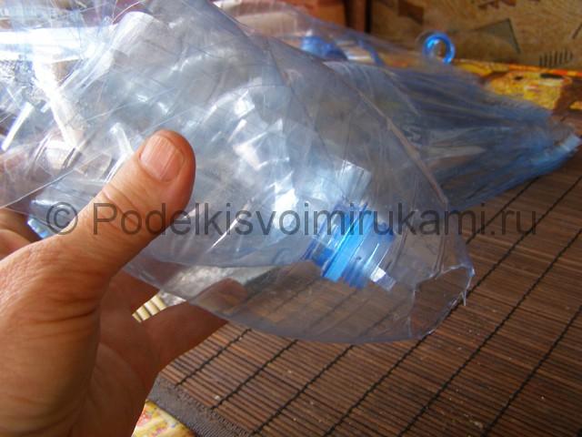 Метла из пластиковых бутылок своими руками. Фото 11.