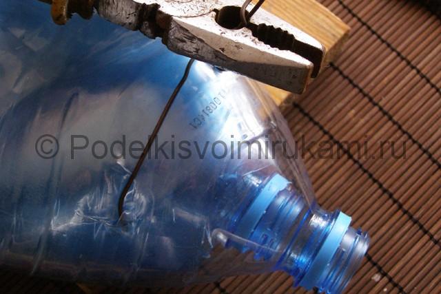 Метла из пластиковых бутылок своими руками. Фото 18.