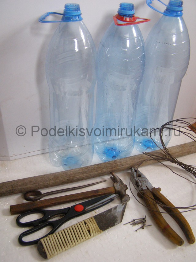 Метла из пластиковых бутылок своими руками. Фото 3.