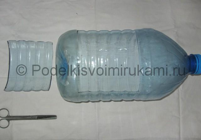 Поросёнок из пластиковой бутылки своими руками. Фото 4.
