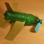 Самолёт из пластиковой бутылки своими руками. Итоговый вид поделки.