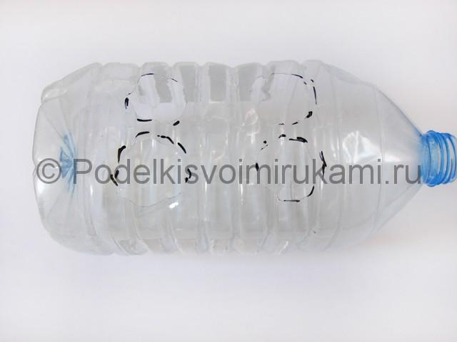 Слон из пластиковых бутылок своими руками. Фото 2.