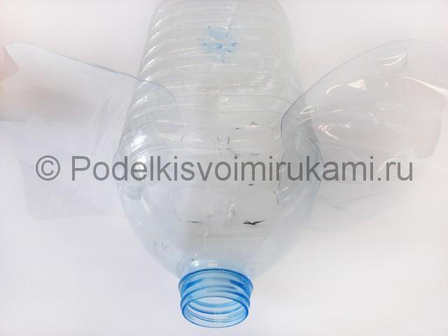 Слон из пластиковых бутылок своими руками. Фото 5.