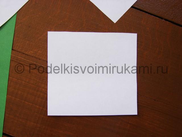 Делаем два квадрата из листа бумаги A4.