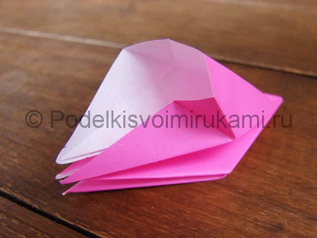 Поделка лилий из бумаги - фото 10.