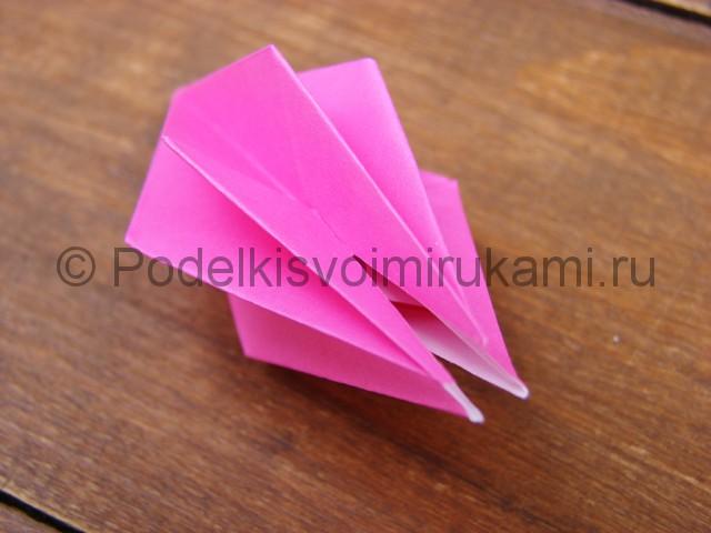 Поделка лилий из бумаги - фото 8.