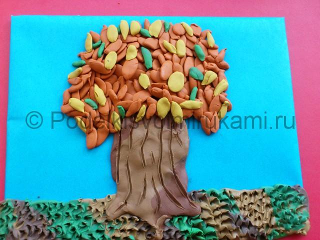 Лепим осенне дерево из пластилина - фото 10.