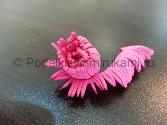 Декорирование шара цветами из фоамирана - фото 9.