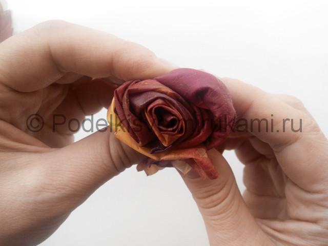 Делаем букет роз из осенних листьев - фото 6.