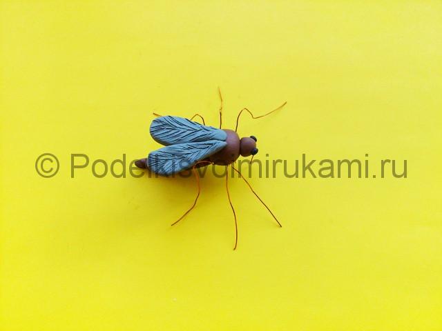 Лепка комара из пластилина - фото 10.
