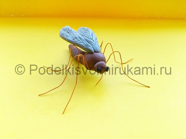 Лепка комара из пластилина - фото 12.