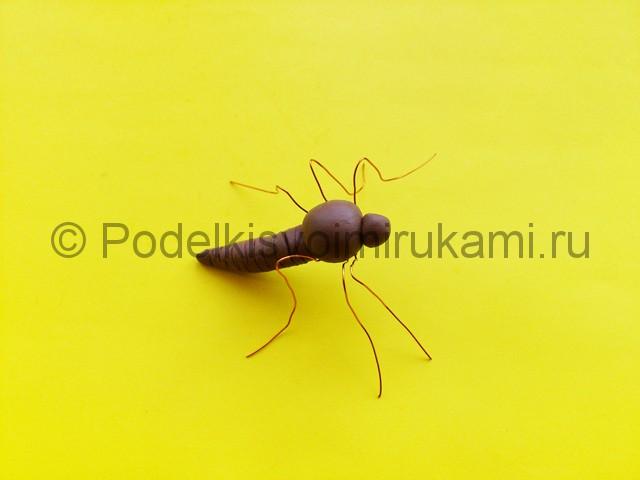 Лепка комара из пластилина - фото 7.