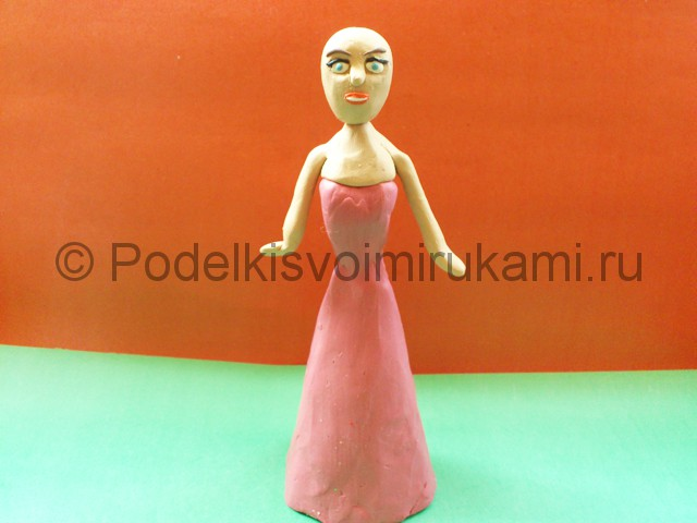 Лепка куклы Барби из пластилина - фото 8.