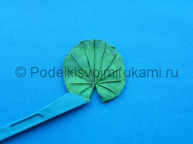 Лепка лилии из пластилина - фото 4.