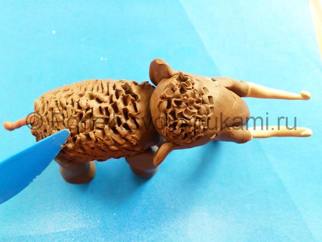Лепка мамонта из пластилина - фото 11.