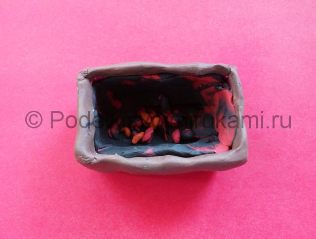 Лепка мангала из пластилина - фото 3.