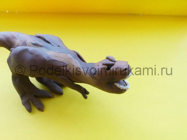 Лепка тираннозавра из пластилина - фото 8.