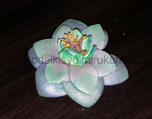 """Делаем перламутровый цветок """"Фантазия"""" из фоамирана - фото 15."""