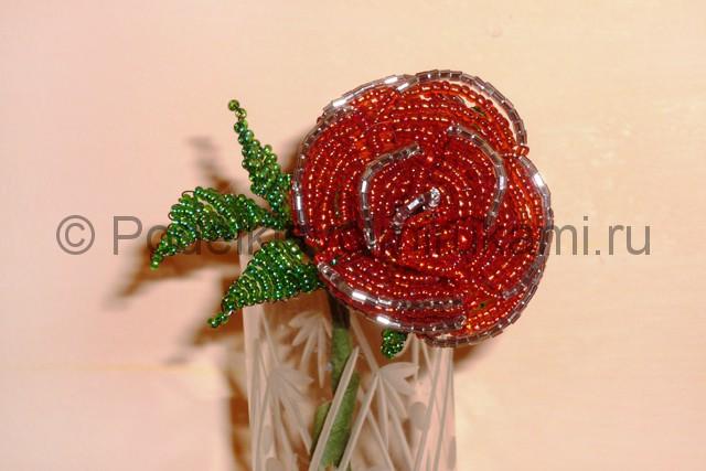 Плетение розы из бисера - фото 30.