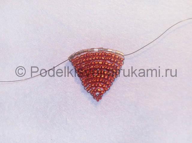 Плетение розы из бисера - фото 12.