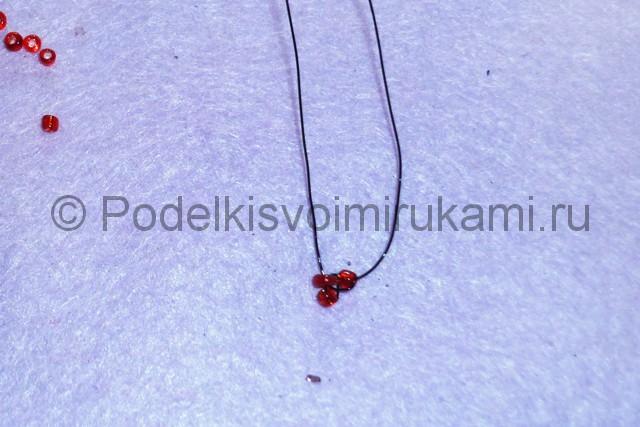 Плетение розы из бисера - фото 5.