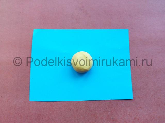 Лепка солнышка с лучиками из пластилина - фото 3.