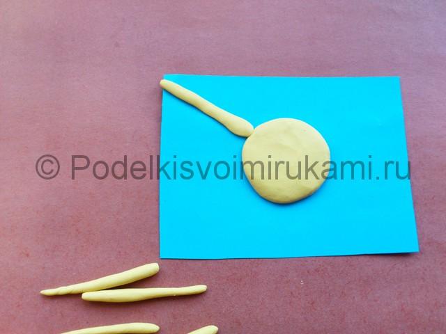 Лепка солнышка с лучиками из пластилина - фото 7.