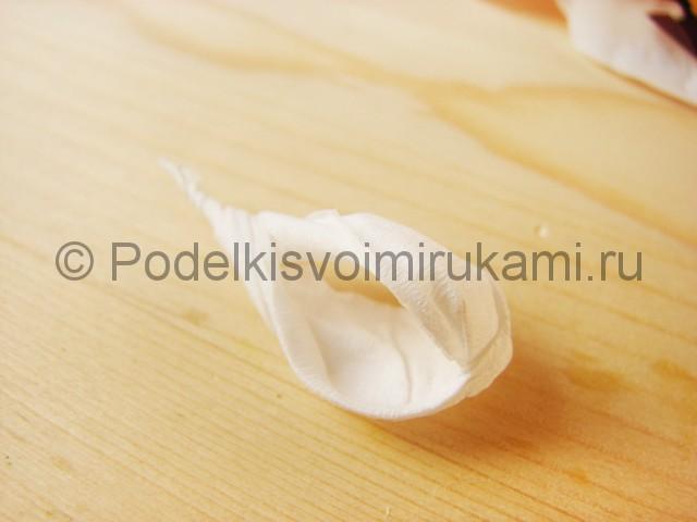 Изготовление орхидеи из бумаги - фото 28.
