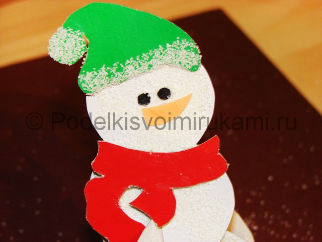 Изготовление снеговика из бумаги - фото 24.