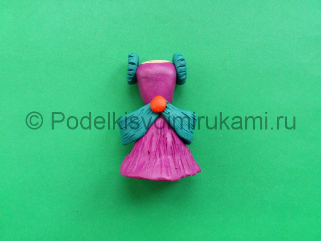 Лепка кукольного платья из пластилина - фото 9.