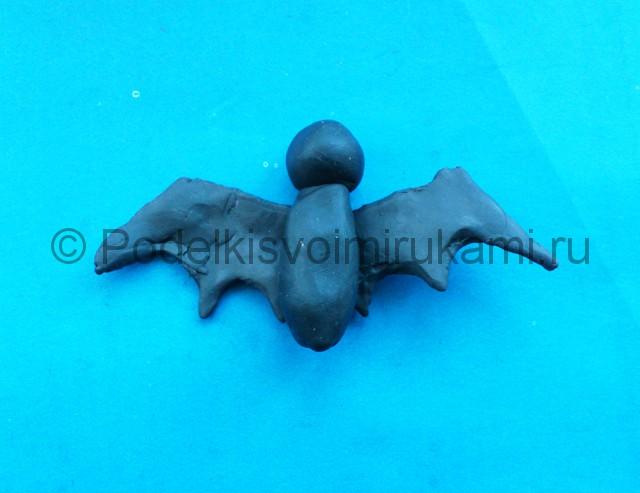 Лепка летучей мыши из пластилина - фото 5.