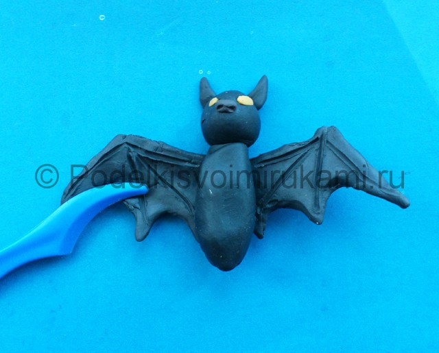 Лепка летучей мыши из пластилина - фото 7.