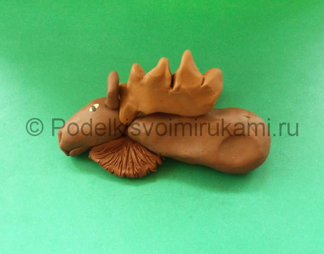 Лепка лося из пластилина - фото 11.
