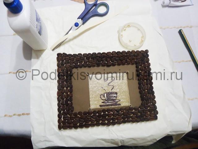 Изготовление панно из кофейных зёрен - фото 15.