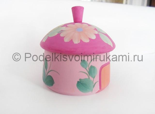Выполнение росписи шкатулки-домика в розовых тонах - фото 7.