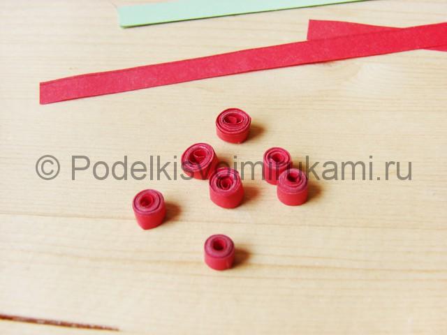 Изготовление рождественского венка из бумаги - фото 24.