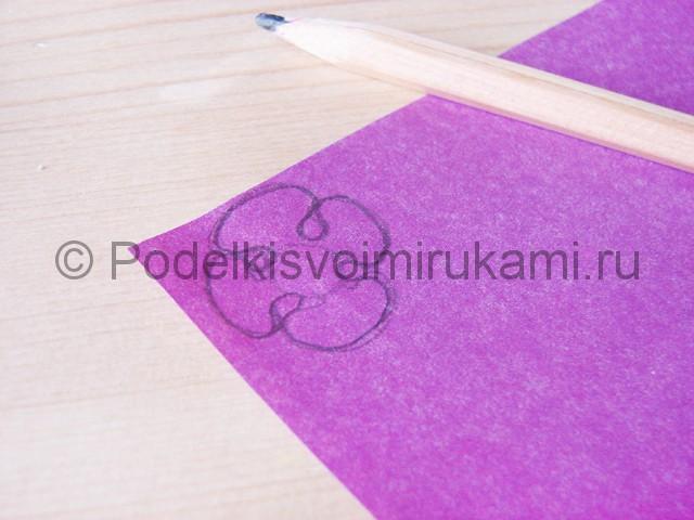 Изготовление фиалки из бумаги - фото 7.