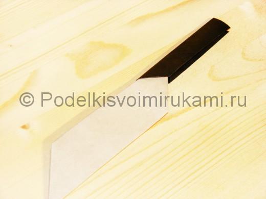 Нож из бумаги.