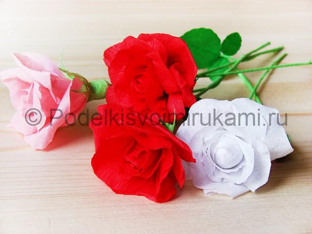 Изготовление розы из гофрированной бумаги - фото 35.