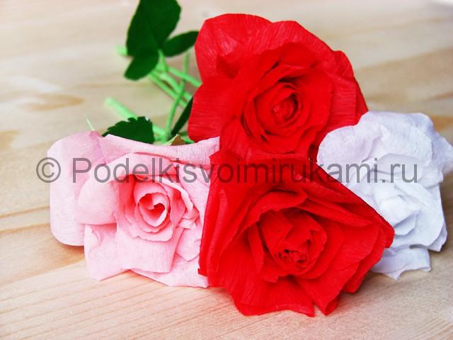 Изготовление розы из гофрированной бумаги - фото 37.