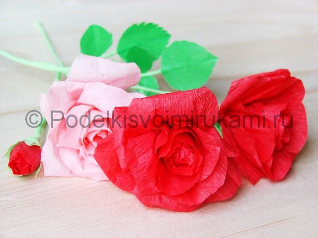 Изготовление розы из гофрированной бумаги - фото 38.